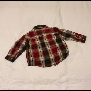 Toughskins Shirts & Tops - Long Sleeve Button Down Shirt with 2 front pockets